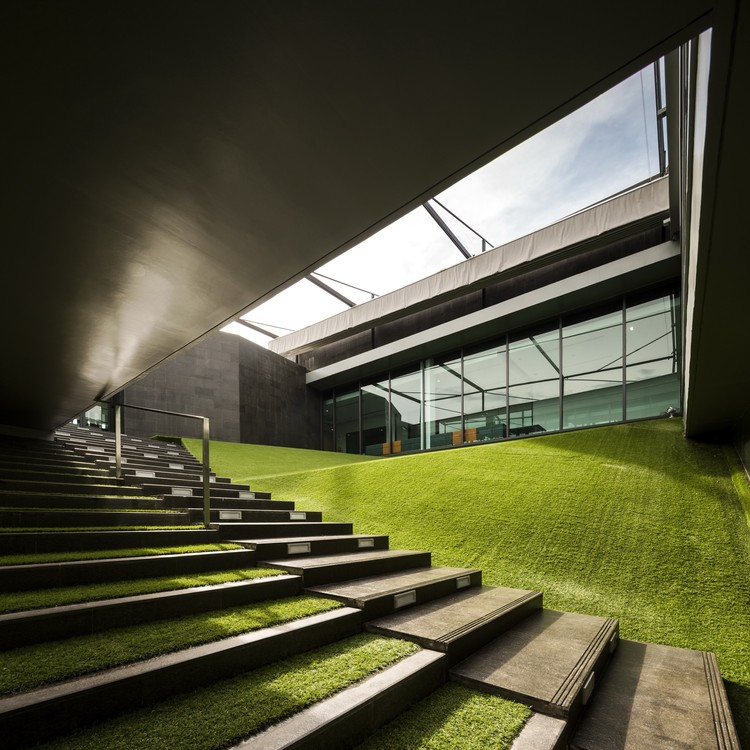 PTTEP-S1 Office / Office AT | ArchDaily