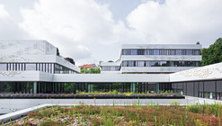 School Center North  / wulf architekten