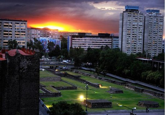 Galería de Clásicos de Arquitectura: Conjunto Habitacional Nonoalco  Tlatelolco / Mario Pani - 11