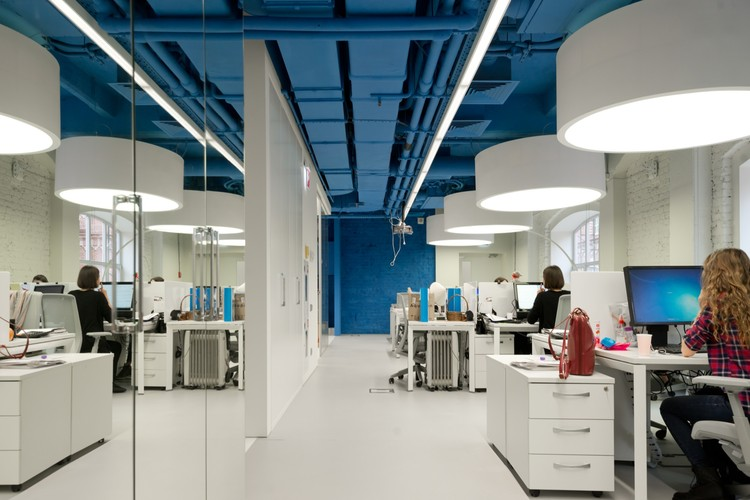 Optimedia Media Agency Office Nefa Architects Archdaily