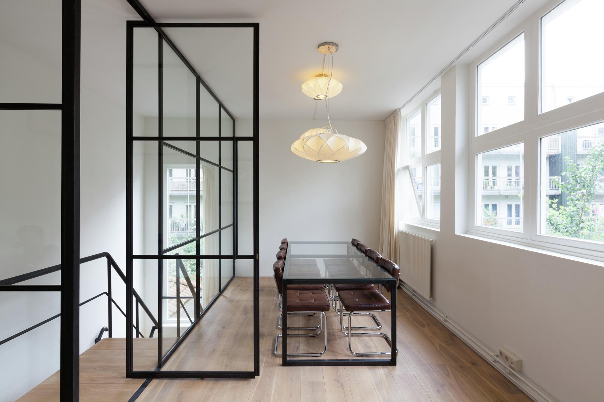 Rooms: Gallery Of Nedvest Capital Headquarters / Studio Aa
