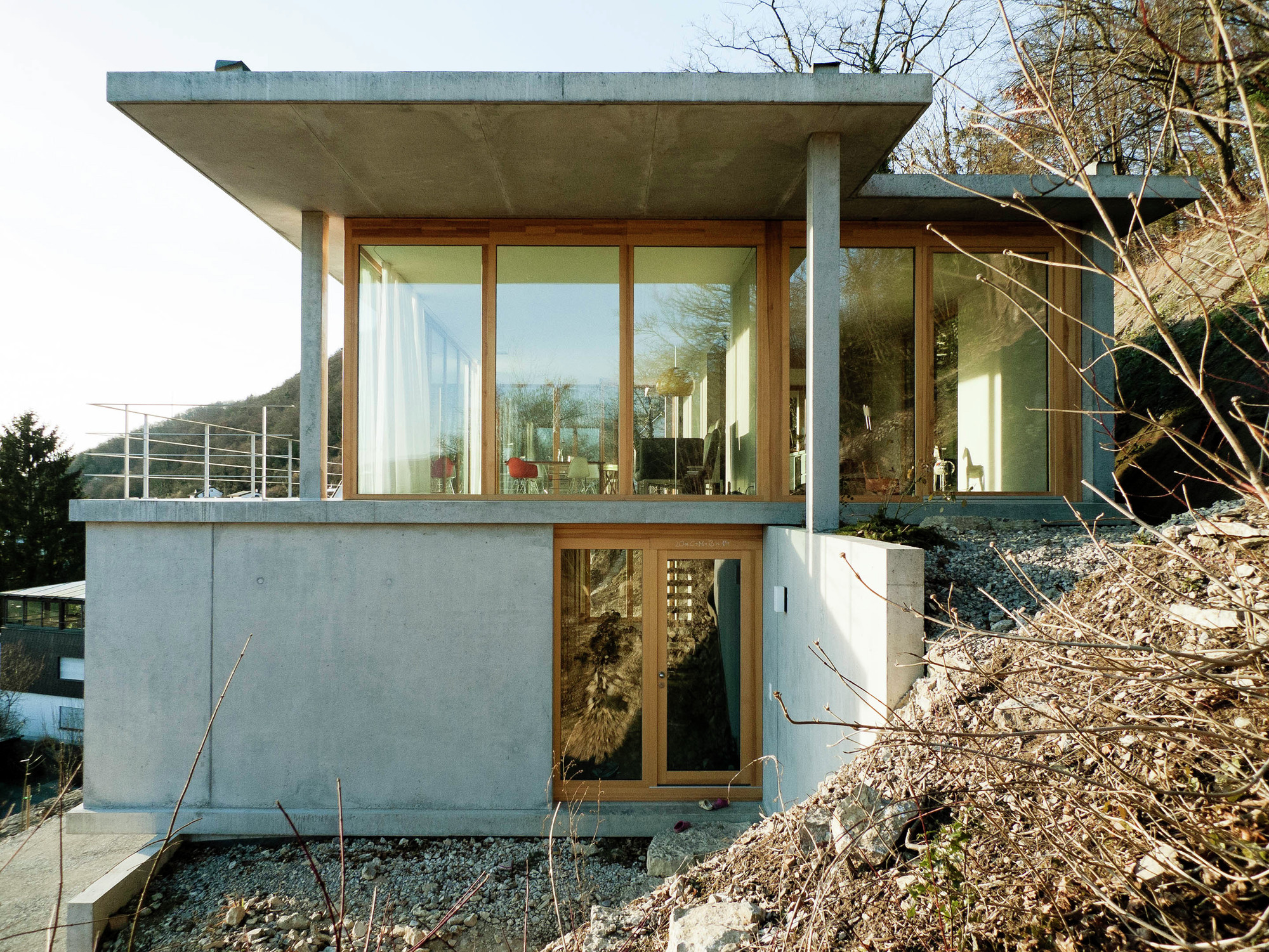 Gallery of house on a slope gian salis architect 9 for 0 down homes