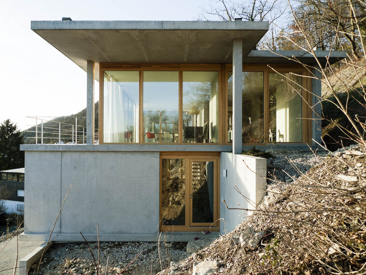 House On A Slope Gian Salis Architect ArchDaily