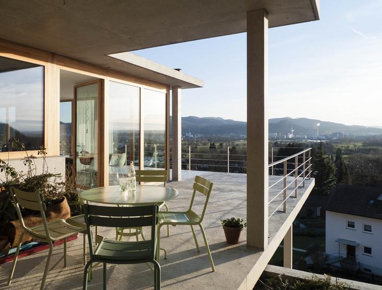 Casa en Pendiente / Gian Salis Architect