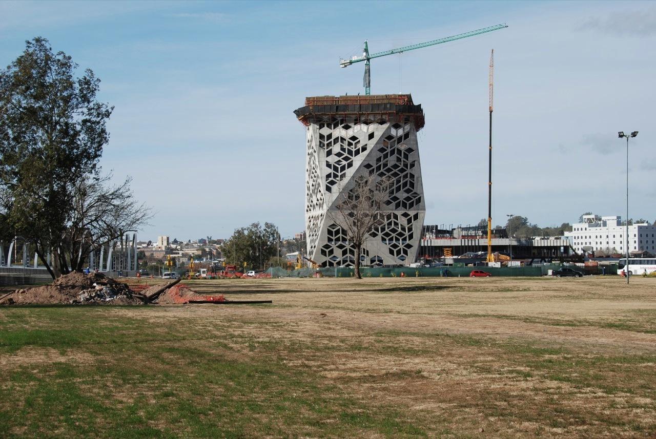En construcci n centro c vico del bicentenario lucio - Estudios de arquitectura en sevilla ...