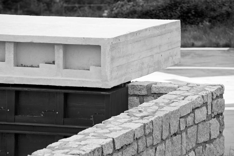 Columbario en robregordo muka arquitectura archdaily - Muka arquitectura ...