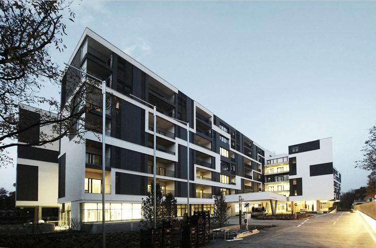 Residencia geri trica simmering josef weichenbrger for Arquitectura geriatrica