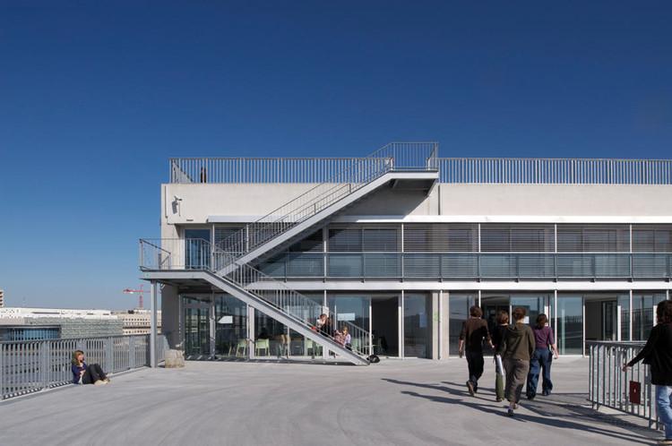 Escuela de arquitectura de nantes lacaton vassal for Mapa facultad de arquitectura