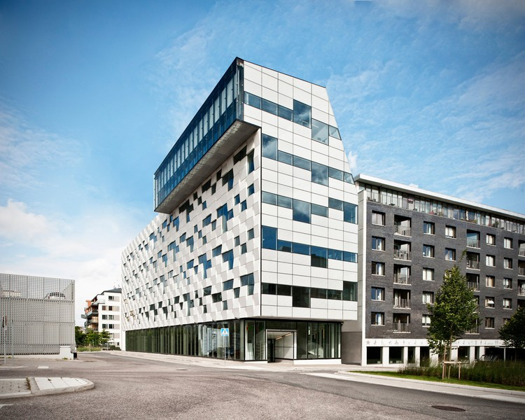 Edificio de oficinas m ltaren rosenbergs arkitekter plataforma arquitectura - Edificio de oficinas ...