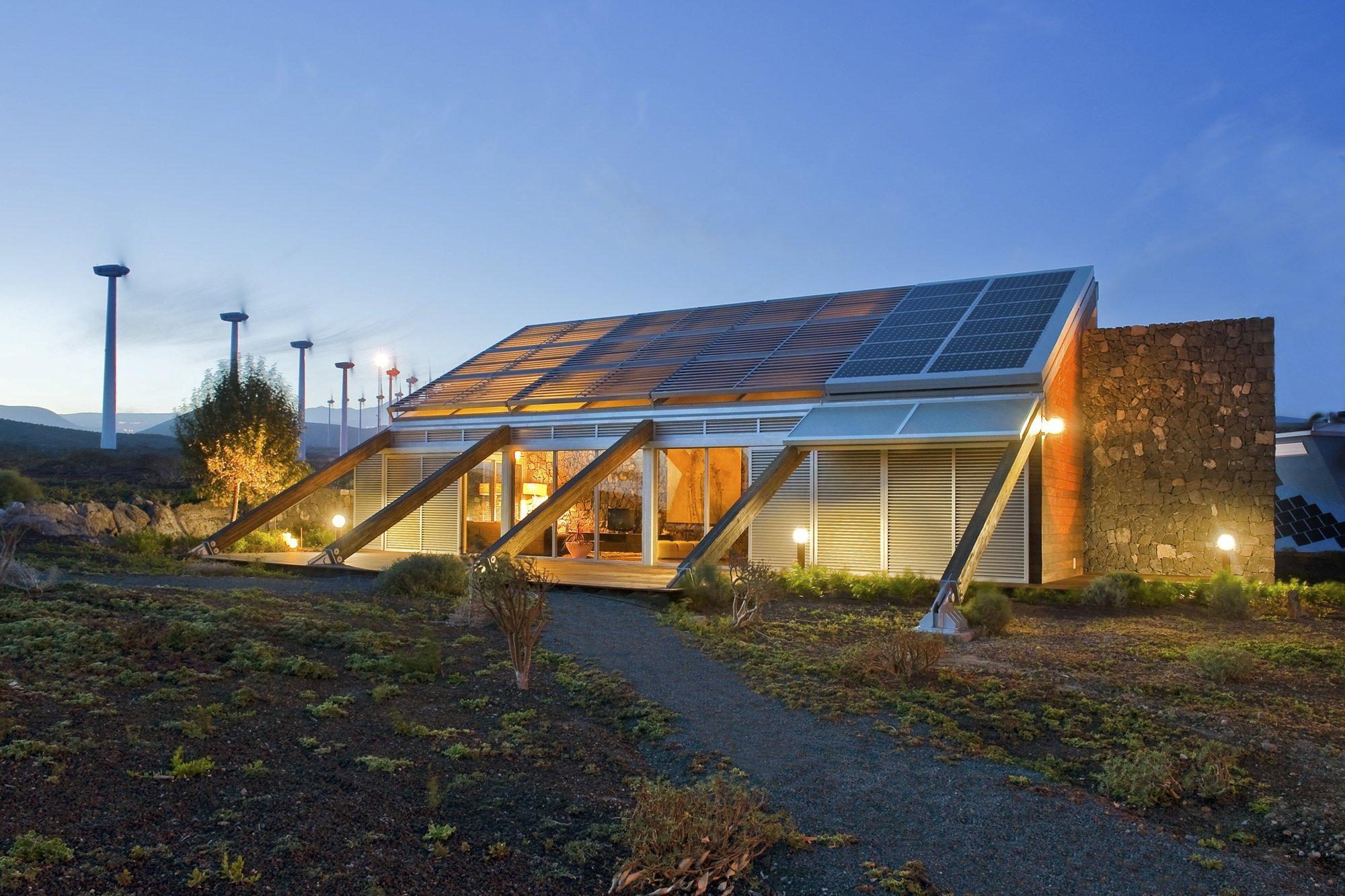 Galer a de vivienda en urbanizaci n experimental for Construccion de casas bioclimaticas
