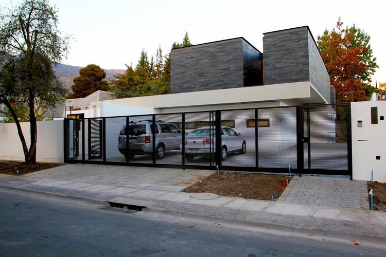 Remodelaci n casa cadaques altamirano armanet for Remodelacion de casas