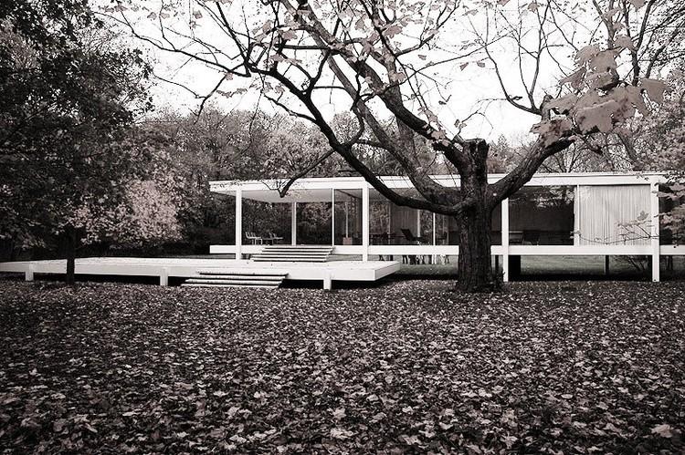 Cl sicos de arquitectura casa farnsworth mies van der for Casa minimalista de mies van der rohe
