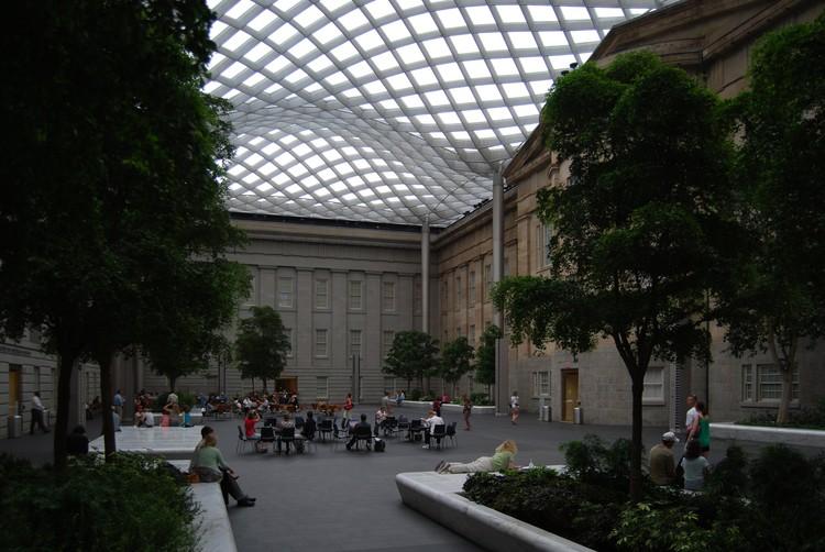 Museo Smithsonian.Plataforma En Viaje Patio Kogog Museo Smithsonian Norman Foster