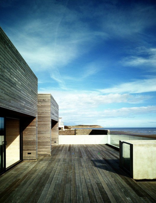 casa costera a2 architects archdaily colombia. Black Bedroom Furniture Sets. Home Design Ideas