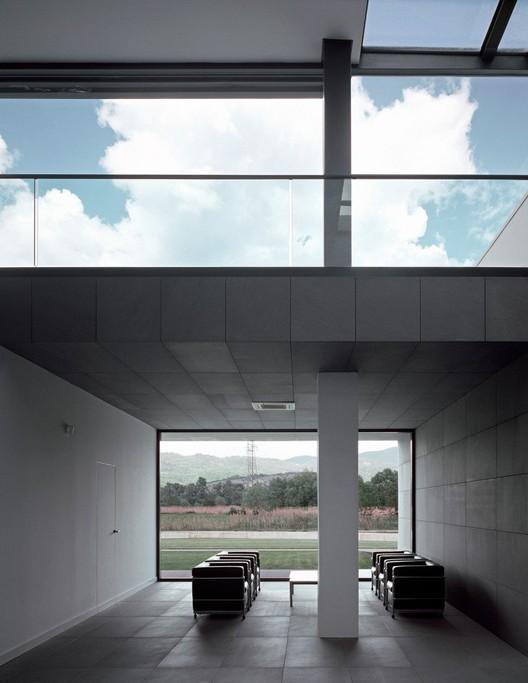 Oficinas melfi medir architetti plataforma arquitectura for Oficina abierta definicion