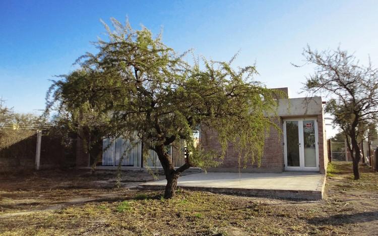 Casa La Arboleda / Estudio 226 Arquitectos, © Gabriela Trettel