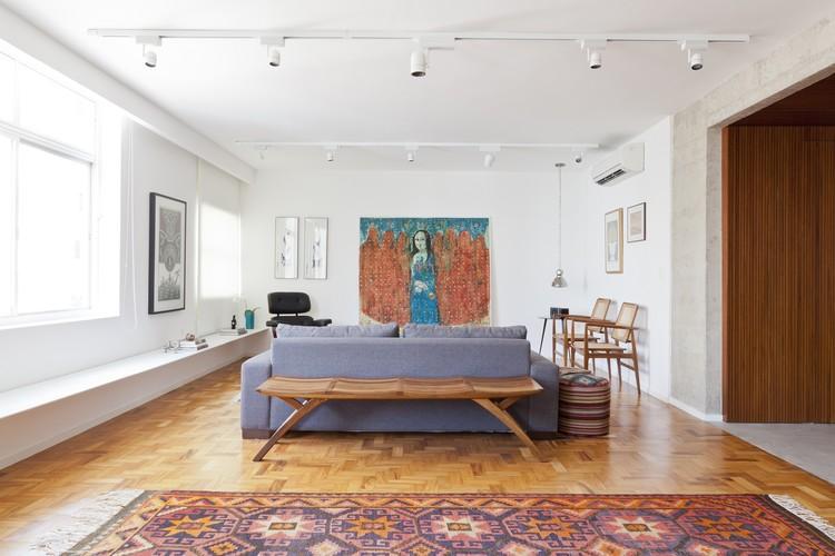 Apartamento Jardins / Tria Arquitetura, © Maíra Acayaba