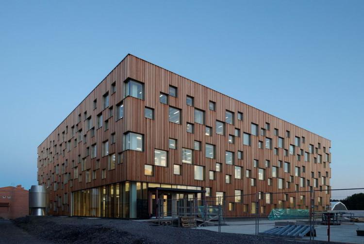 Escuela de arquitectura ume henning larsen architects for Universidades para arquitectura