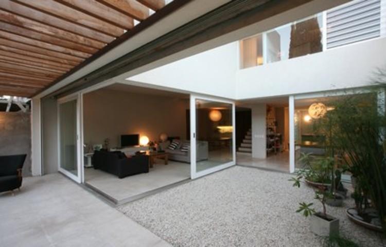 Casa njk vicente lopez plataforma arquitectura for Patios exteriores de casas