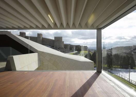 Centro de Congresos y Exhibiciones de Ávila / Francisco Mangado