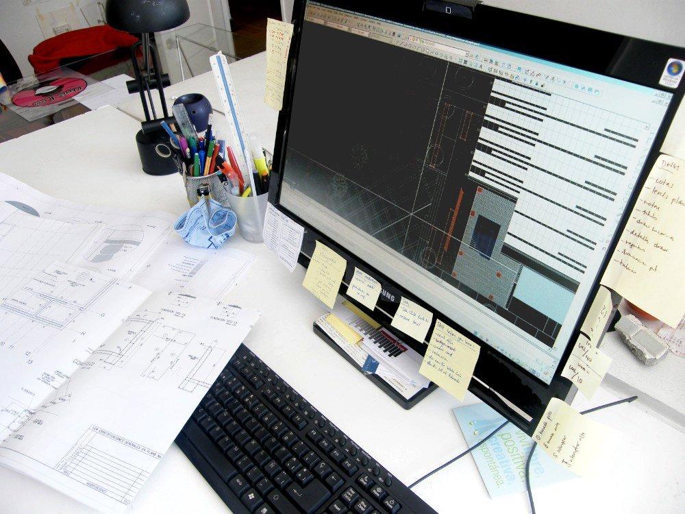 Galer a de el procesador en el computador de una oficina for Portadas de f c e