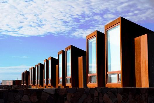 Hotel Tierra Atacama / Matias Gonzalez + Rodrigo Searle