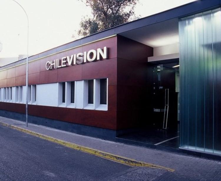 Remodelación Chilevisión / elton_léniz + Ramírez y Rodríguez