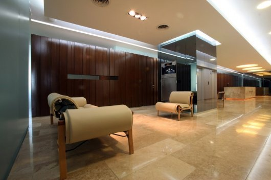 Interiores oficinas baraona marr tidy arquitectos for Escritorio de abogado