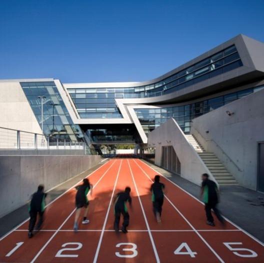 Zaha Hadid gana nuevamente el Stirling Prize con el Evelyn Grace Academy