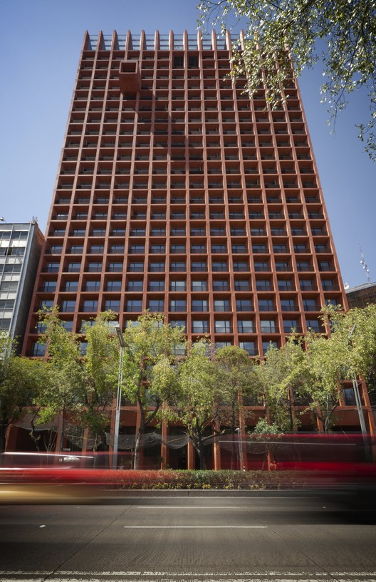 Reforma 27 / Taller de Arquitectura X / Alberto Kalach
