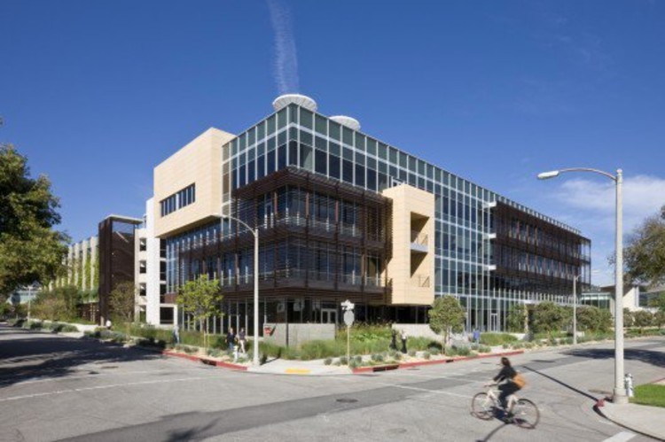 sustainable office building. 331 Foothill Road Office Building / © RMA Architectural Photographers Sustainable ArchDaily