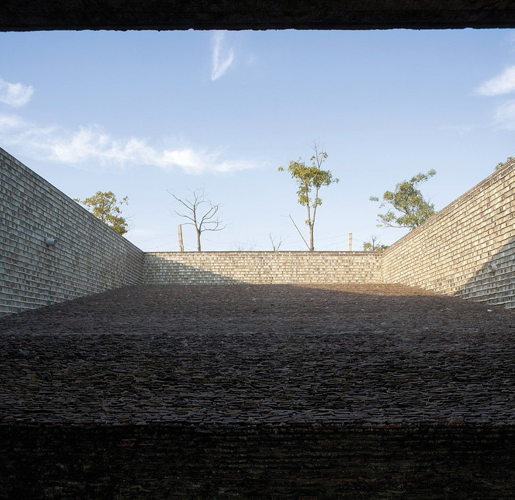 Wang Shu's Work - 2012 Pritzker Prize, Ceramic House © Lv Hengzhong, Courtesy of Amateur Architecture Studio