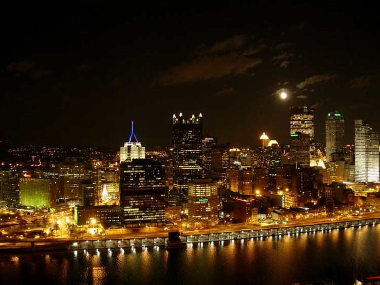 Pittsburgh Skyline Christmas 2021 Gotham City S Architecture Portrayed In Pittsburgh Pennsylvania Archdaily