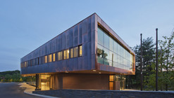 John W. Olver Transit Center / Charles Rose Architects