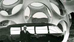 Video: Norman Foster Recreates Buckminster Fuller's Dymaxion Car