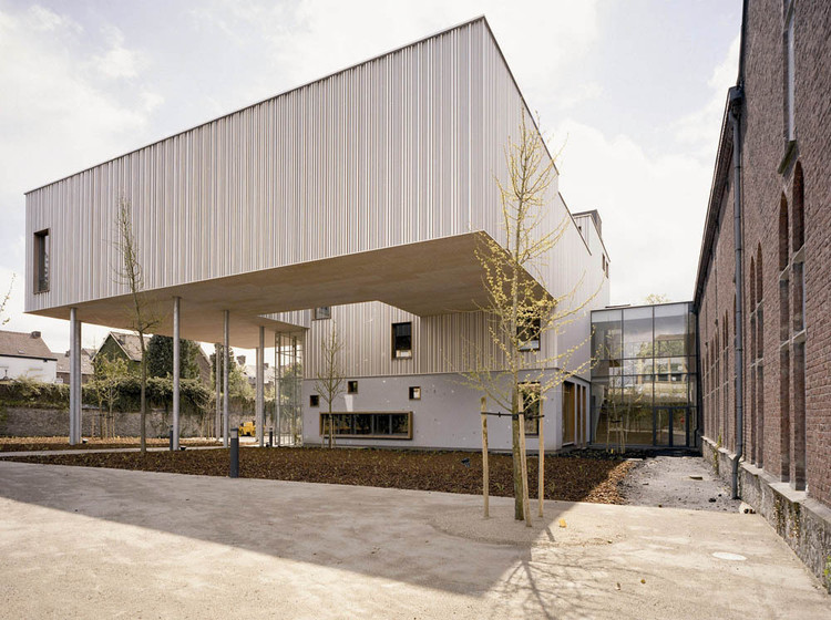 New wing of the charleroi museum of photography l escaut