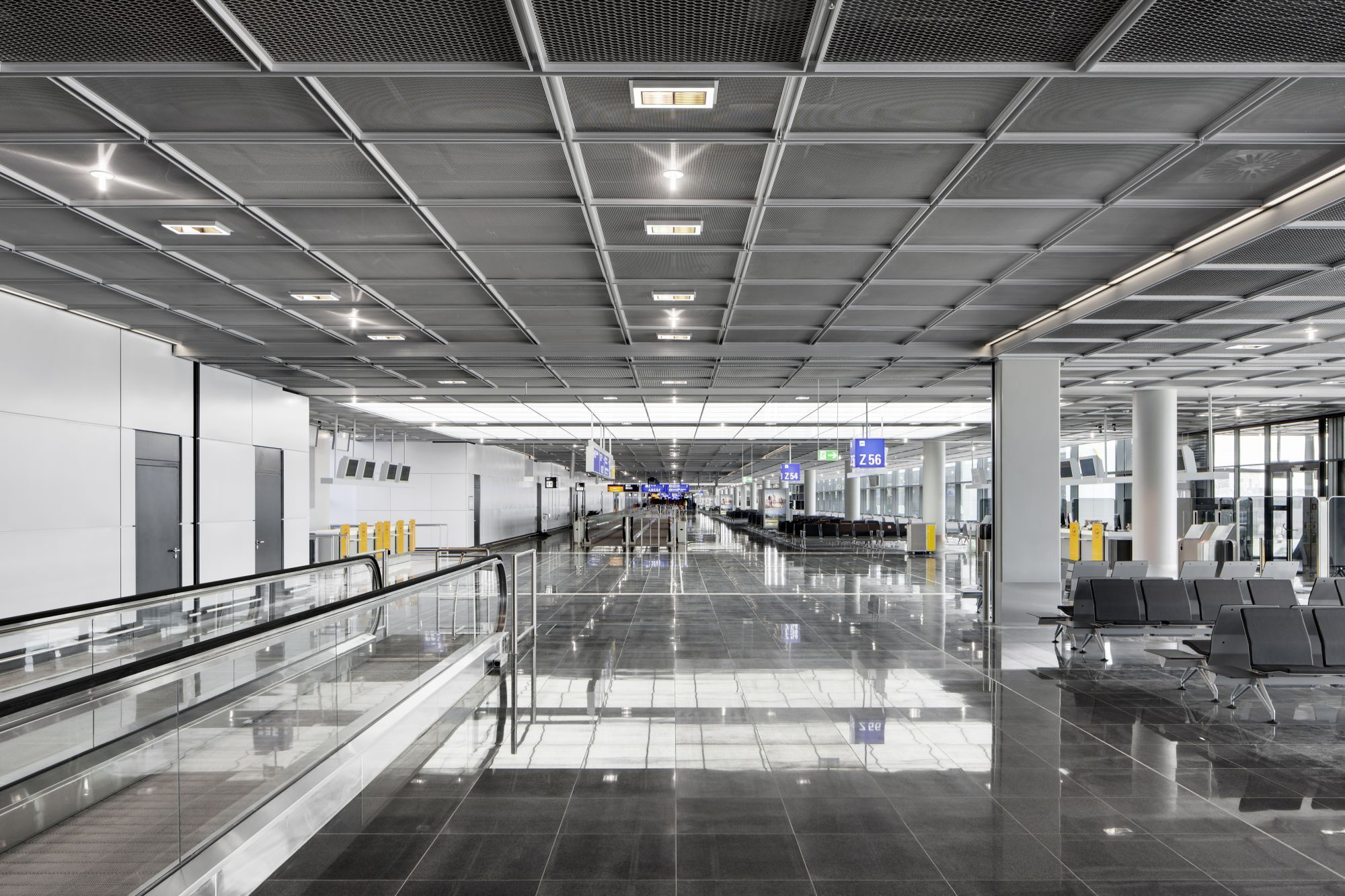 gallery of extension of gate a at frankfurt airport gmp architekten 4. Black Bedroom Furniture Sets. Home Design Ideas