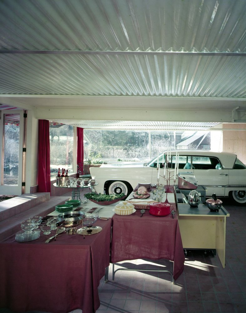 Pedro E Guerrero Photographs Of Modern Life The Living Garage 1958