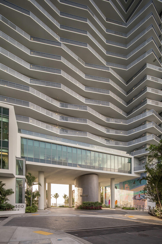 Icon bay arquitectonica archdaily for Studio interior design brescia