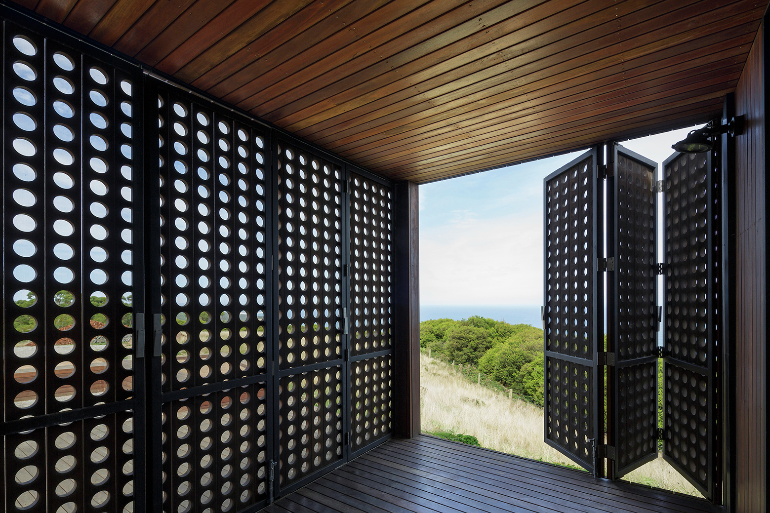 Gallery Of Moonlight Cabin / Jackson Clements Burrows
