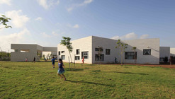 Tidhar School / Schwartz Besnosoff Architects