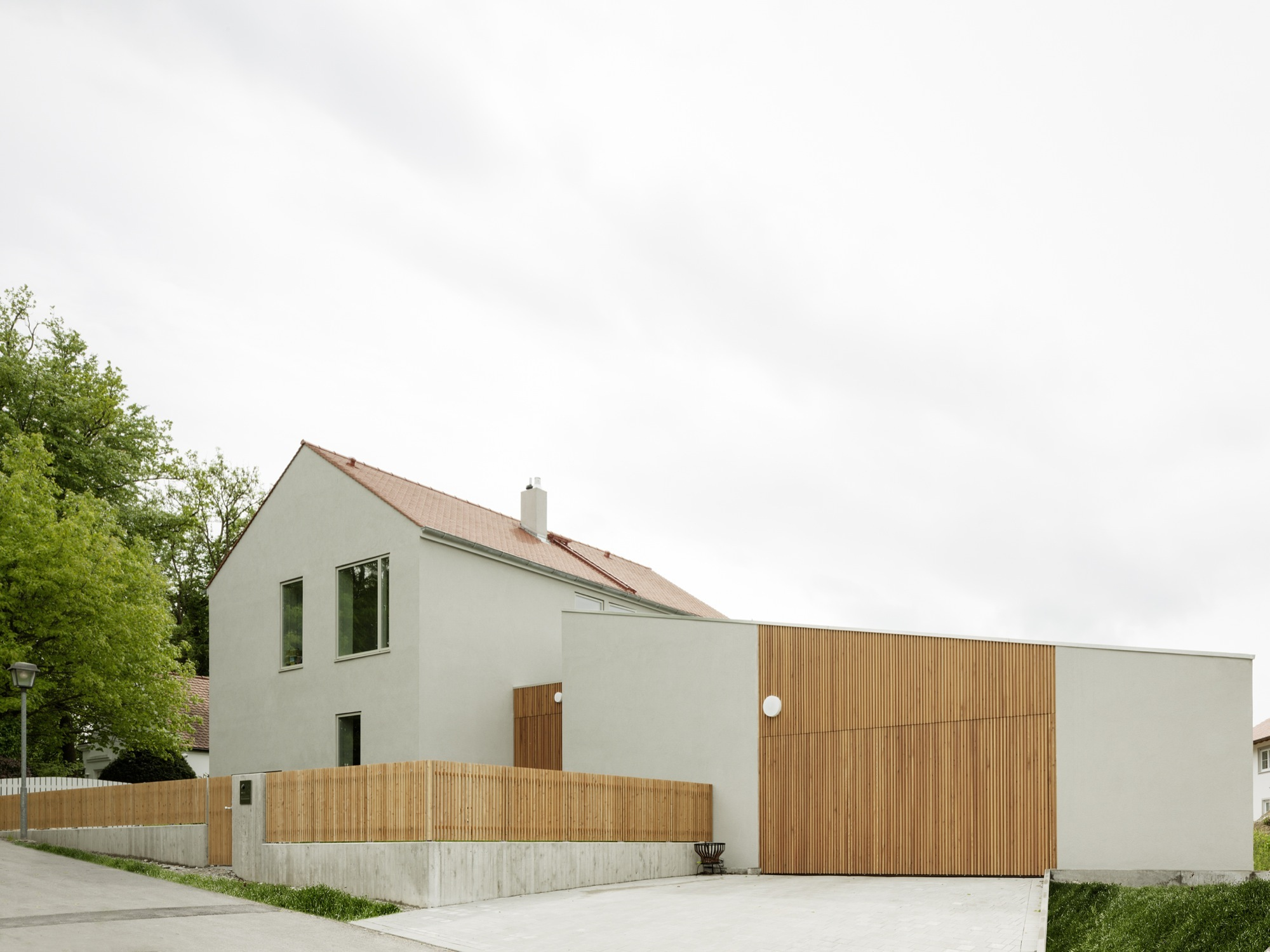 Detached House Cama A Archdaily