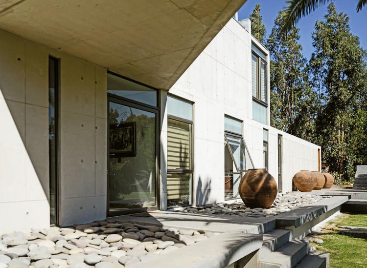 Casa Clos / Marcelo Sarovic + Jeannette Plaut, © Antonio Urzúa