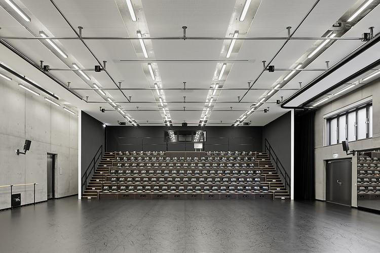 Ballet am rhein gmp architekten archdaily brasil - Architekten in dusseldorf ...