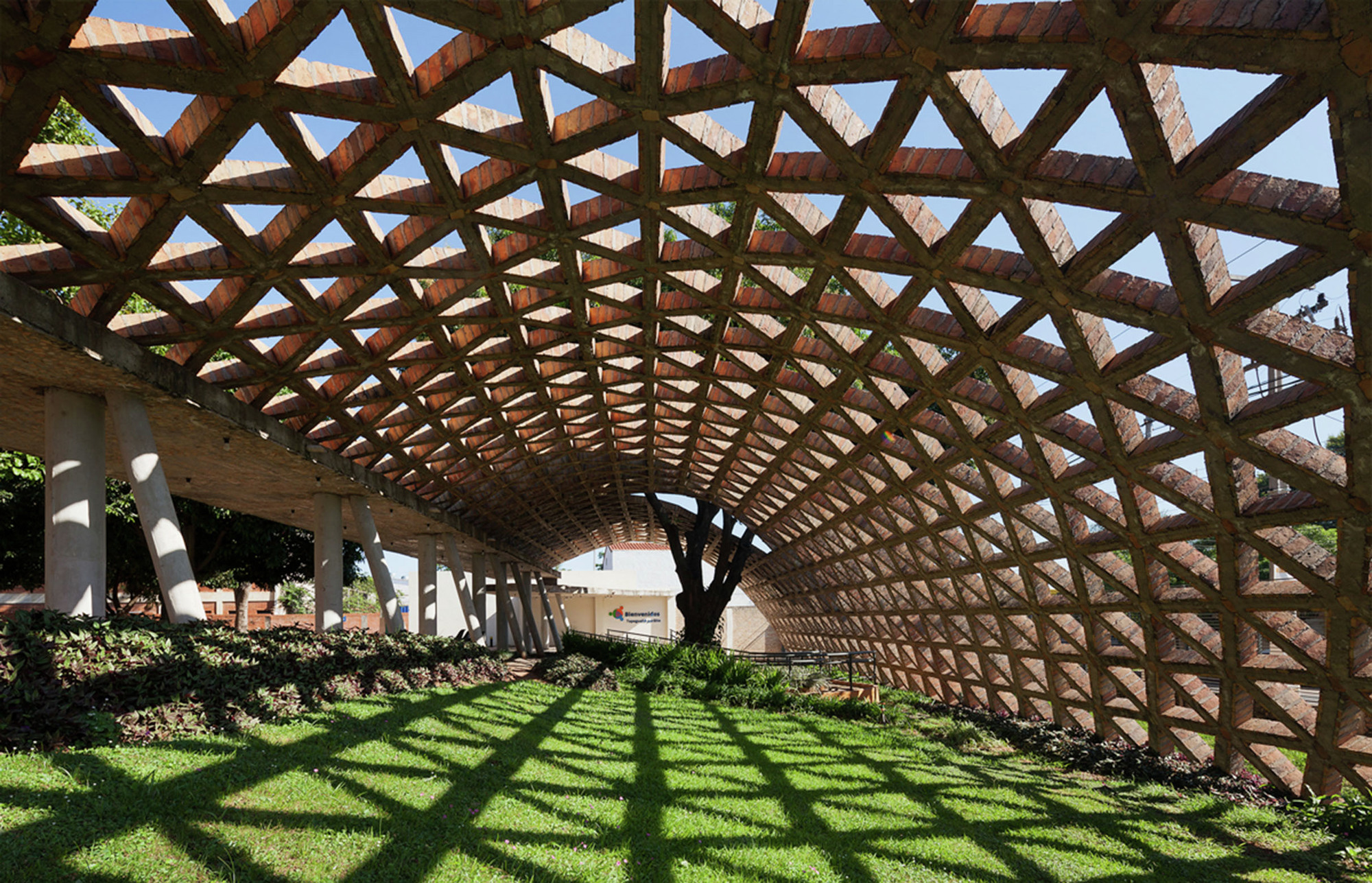 Картинки по запросу Teletón Children's Rehabilitation Center / Gabinete de Arquitectura