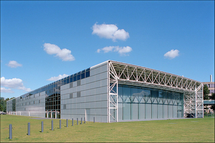 Norman foster s sainsbury centre listed archdaily - Forster architekt ...