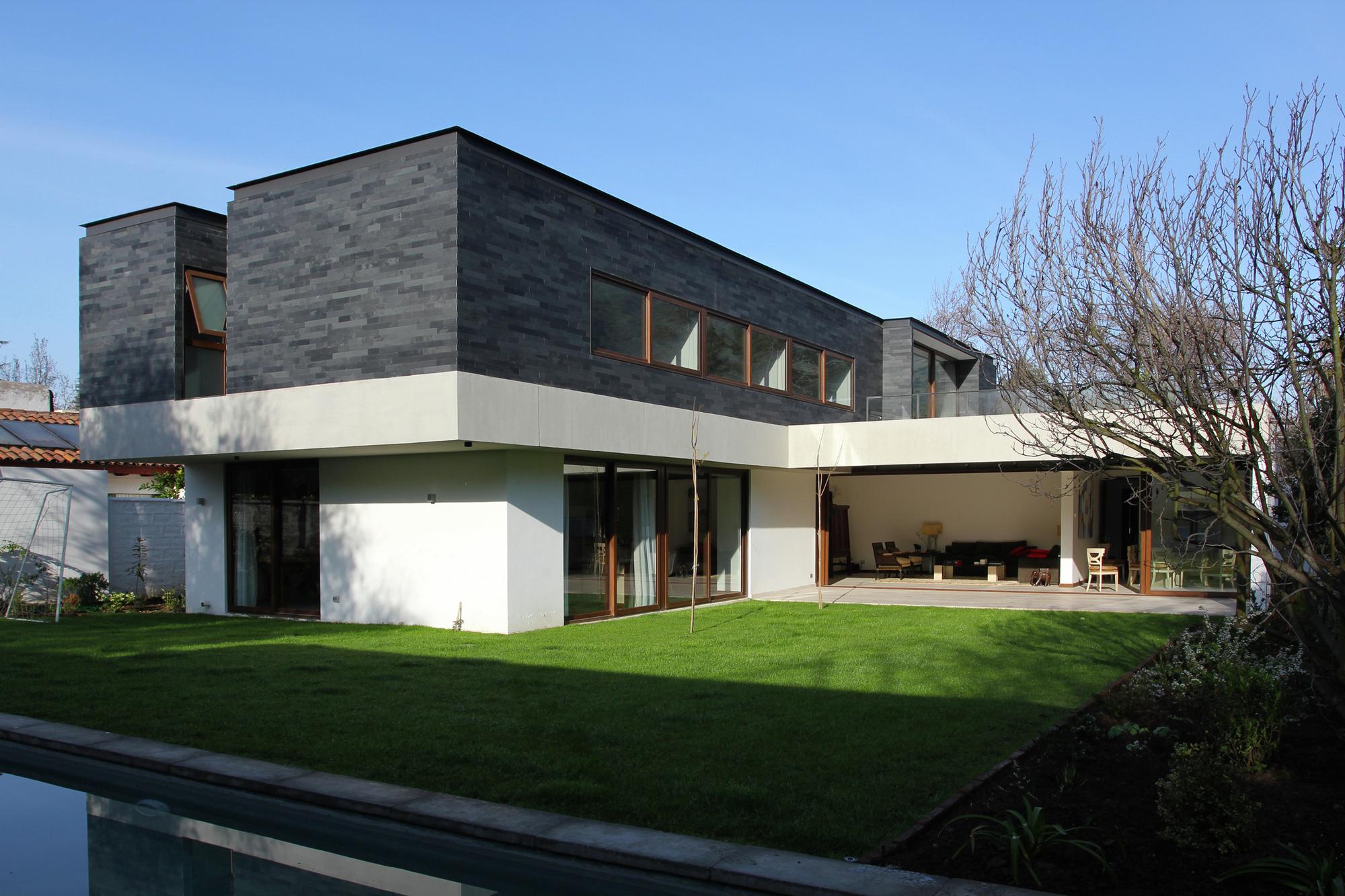 Cadaques House Remodeling Altamirano Armanet Arquitectos