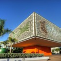 BACARDI COMPLEX / FRANK GEHRY
