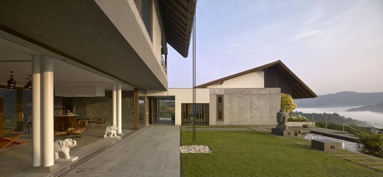 Bungalow de fin de semana / Opolis architects, © Ariel Huber