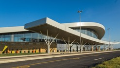 Aeropuerto Internacional de Nacala / Fernandes Arquitetos Associados